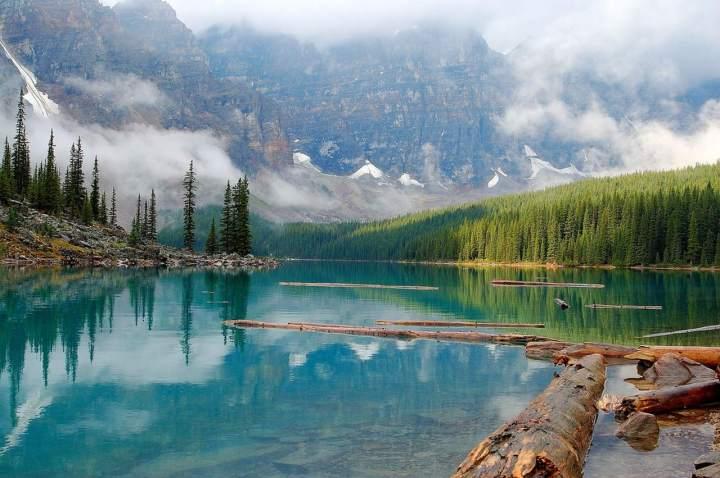 Moraine-Lake-Alberta-Canada-1